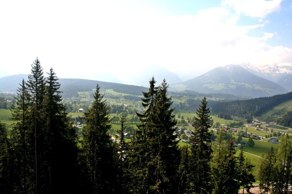 Kilátás a szintútról Ramsau felé.