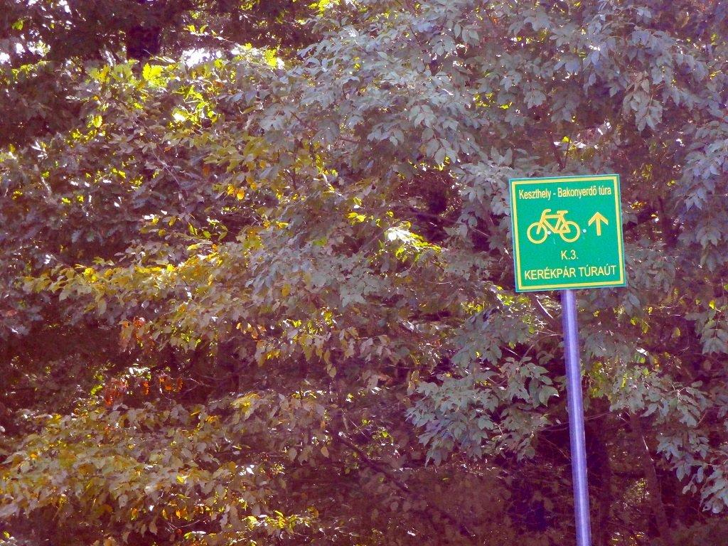 Kerékpárút jelző tábla