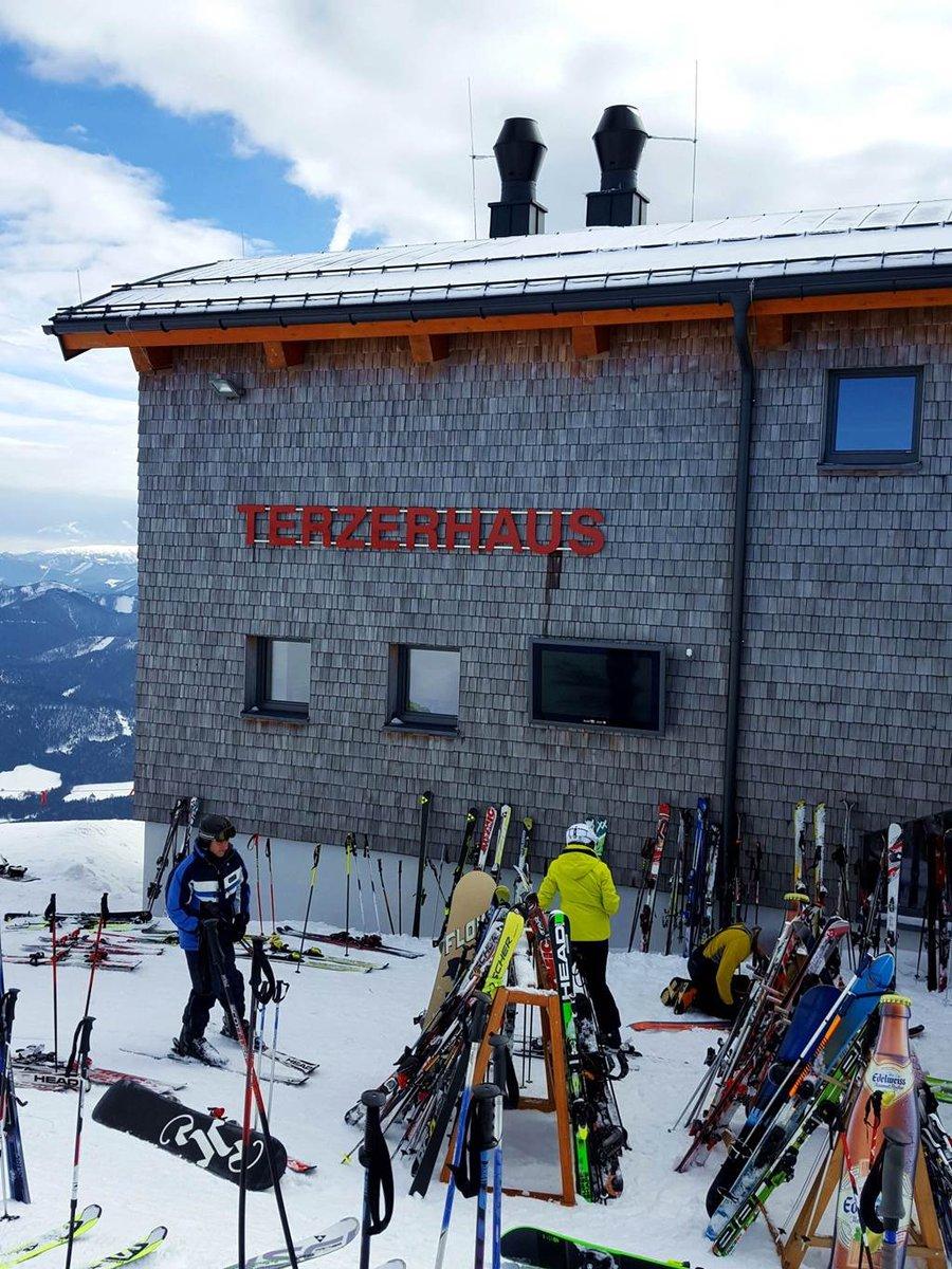 Érkezés a Terzerhaus-hoz 840 m szint mászása után