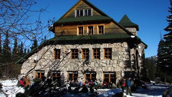 A Murowaniec menedékháztól a Kereszt-nyeregbe