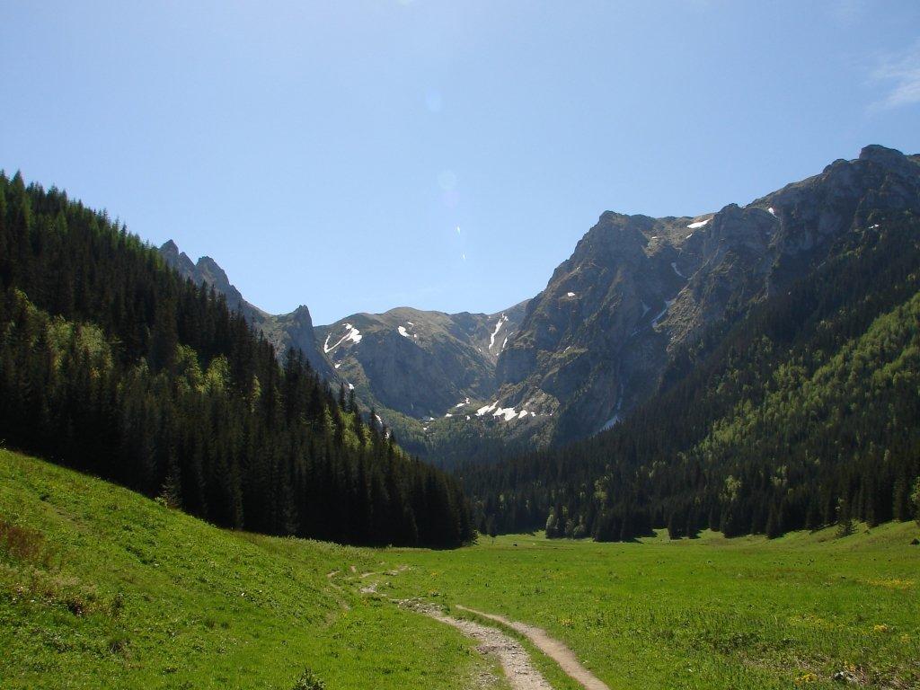 A Kis-réti-völgyből a Gombás-nyergen át a Giewontra