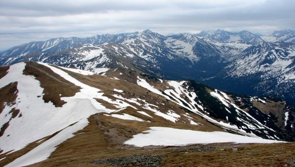 Kis-réti-völgyből a Miętusz-nyergen át a Kis-réti-hegyre