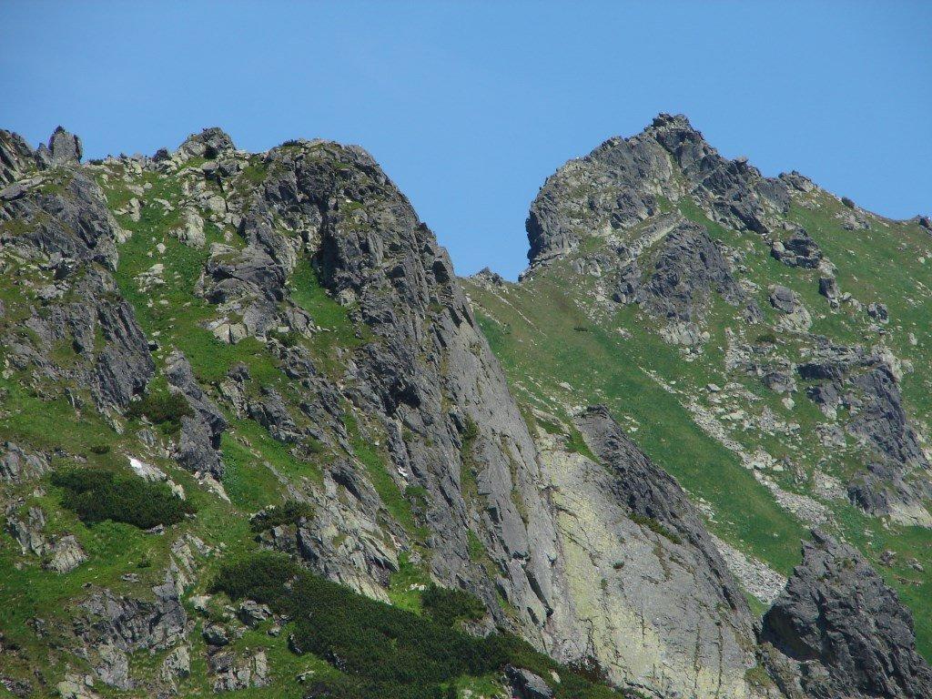 Három-forrástól a Kapor-völgyön át a Fenyves-tavi-völgybe