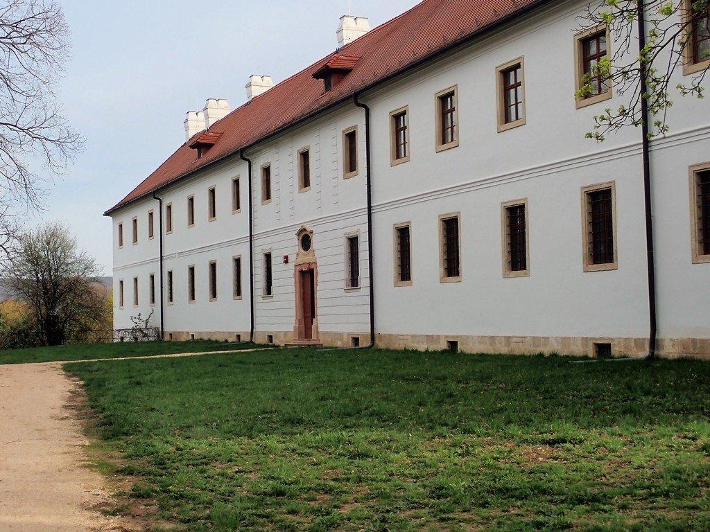 A Bencések szigorított rendje által létrehozott barokk épületegyüttes