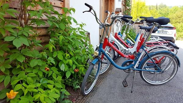 Bledi-tó kör Pony kerékpárokkal