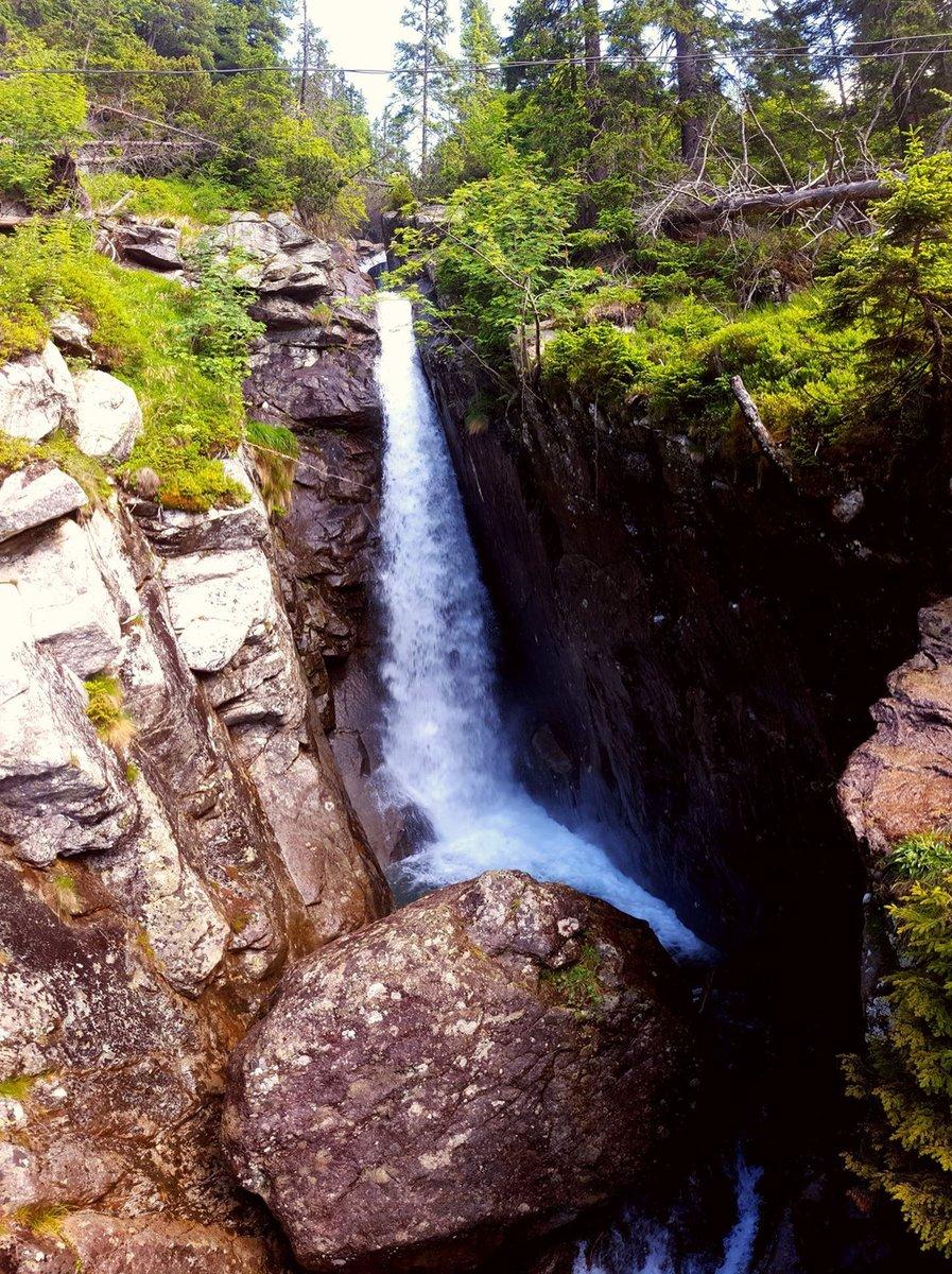 Óriás-vízesés a Kis-Tarpataki-völgyben
