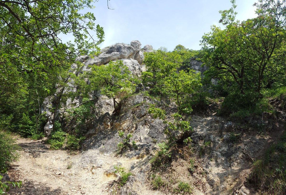 A Kevély-hegyi kőfülke