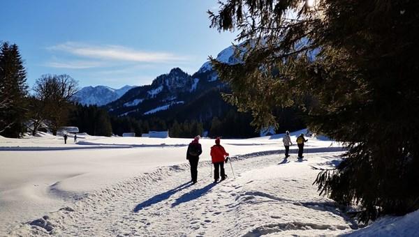 Hótalpas túra a Blaa Alm téli túraösvényén