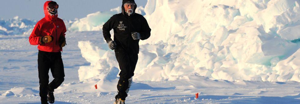 Maratonfutás az Északi- és a Déli-sarkon