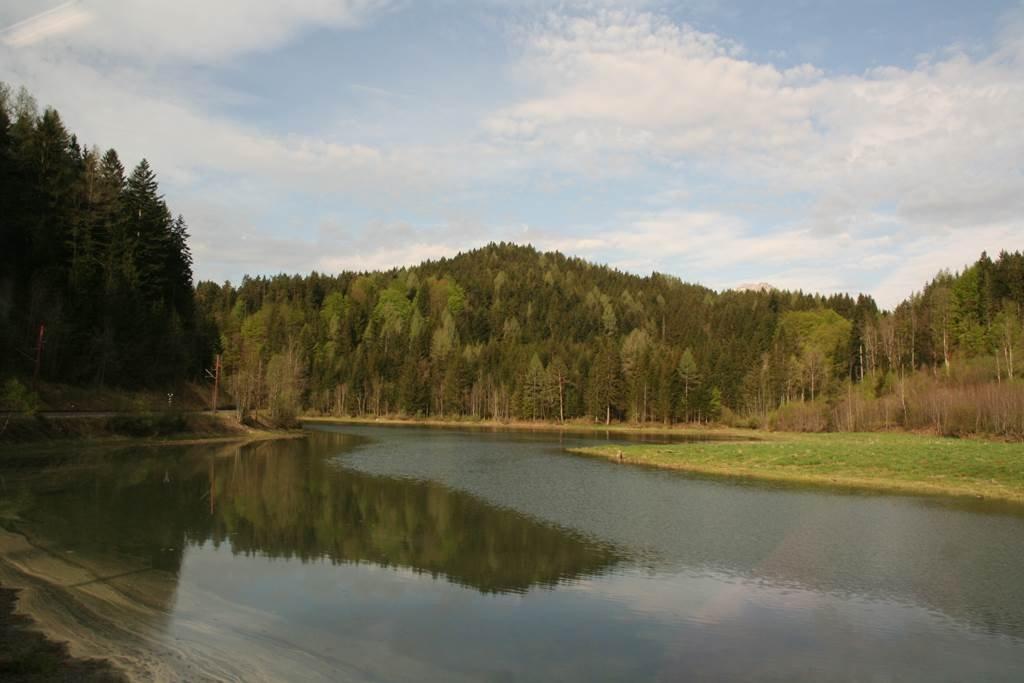 Duzzasztott tó az Ötscherhias bejáratánál