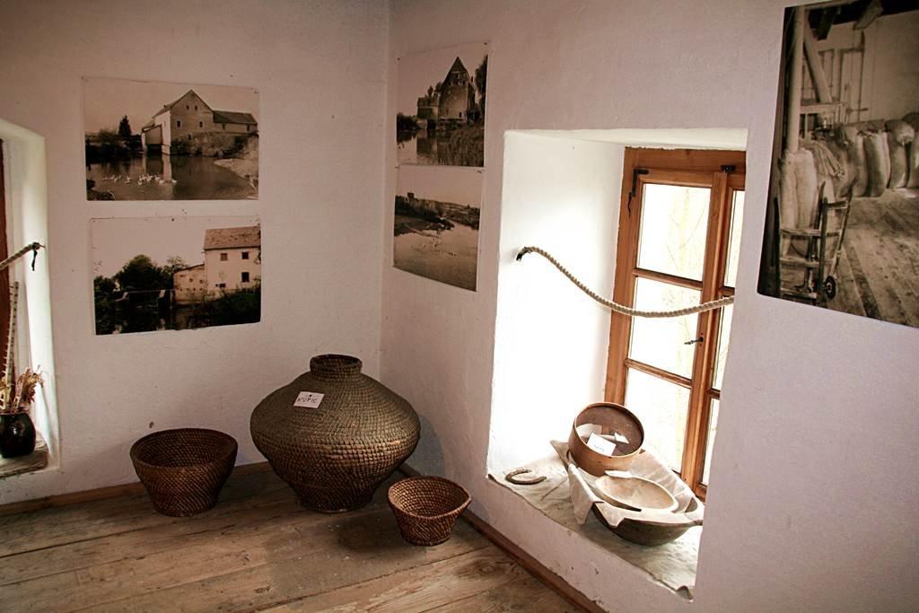 A vízimalomban kiállítás nyílt