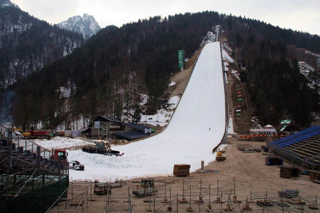 Épül a legnagyobb síurgó sánc Szlovéniában