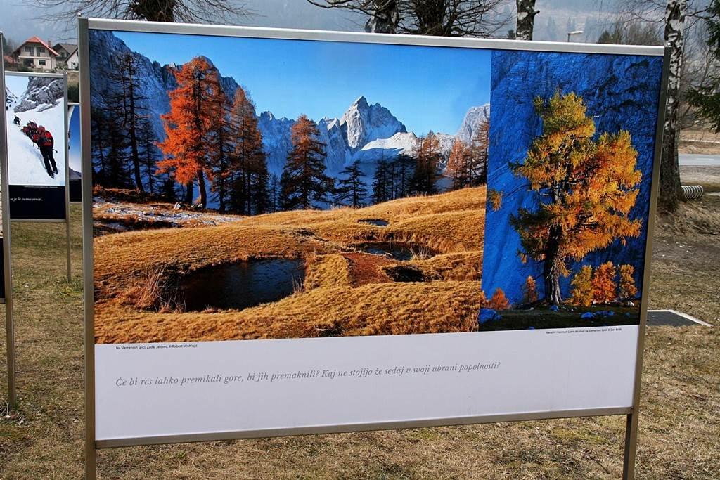 A Szlovén Alpesi Múzeum kertjében Szlovénia legszebb természeti látványosságai kerültek ki a táblákra