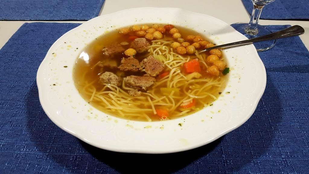 Forró leves minden földi jóval!