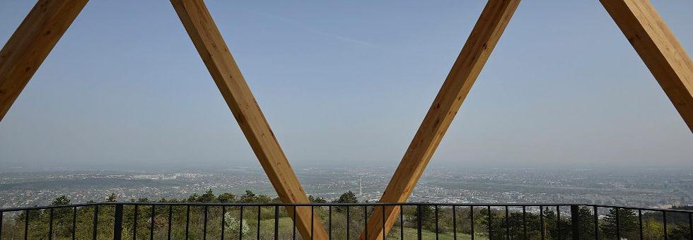 Holnaptól látogatható a Hármashatár-hegyi kilátópont