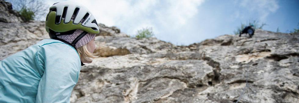 Kimerészkednék sziklára