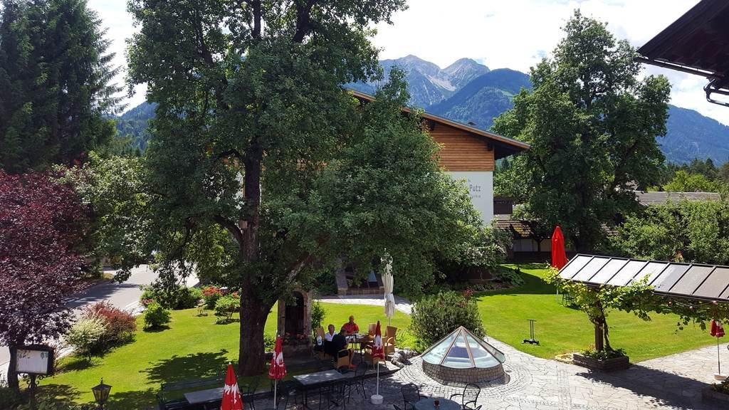 A Ferienpark Waldpension Putz hotelből a kilátás