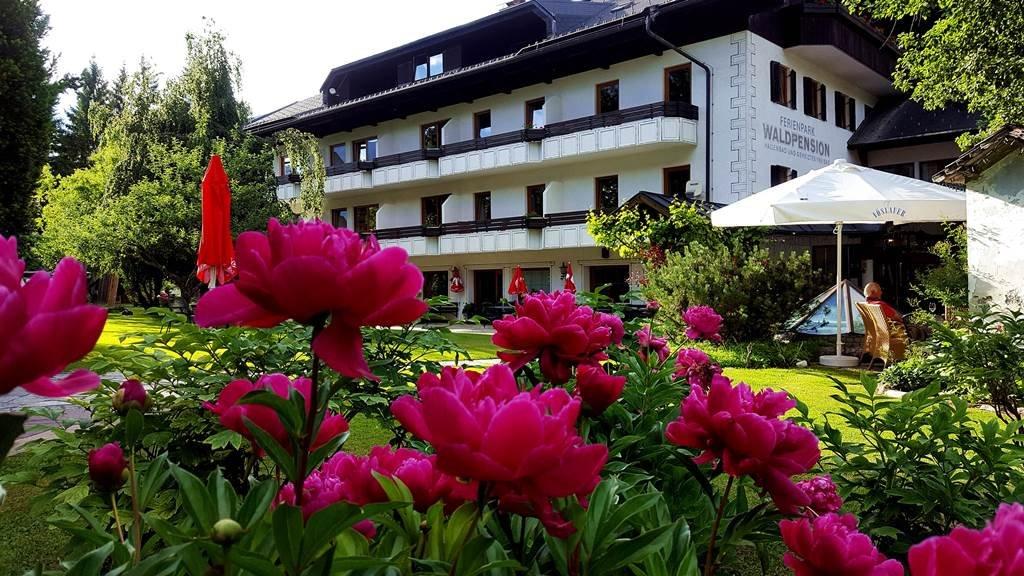 A Ferienpark Waldpension Putz hotel kívülről