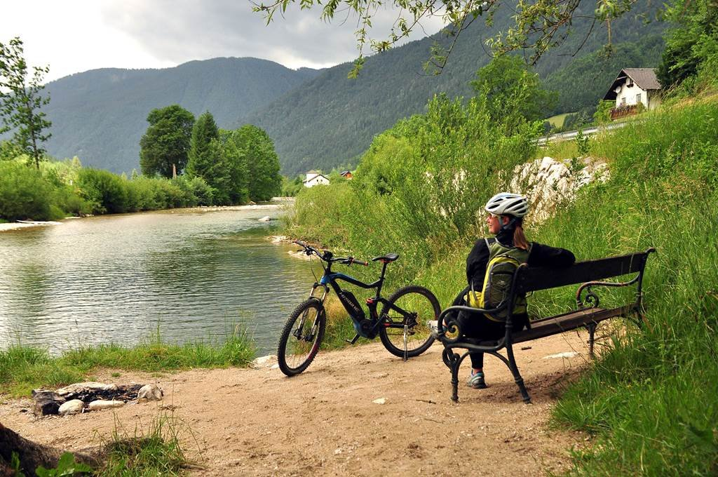 Hangulatos pihenők a kerékpárút mentén