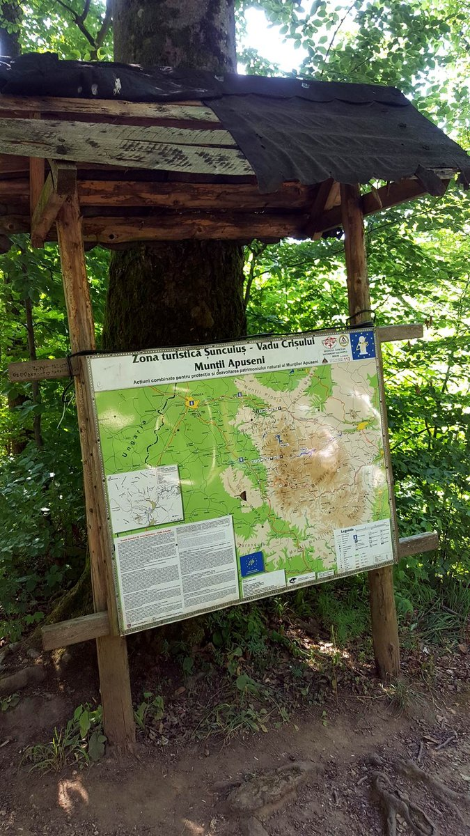 Info tábla a Zichy barlangnál
