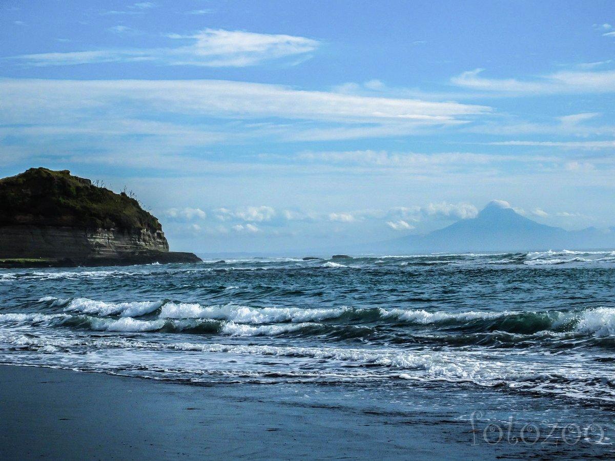 Próbálnánk fürödni, de az itteni tengerpartok nem a strandélményről szólnak.