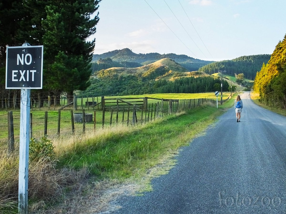 No exit! Új-Zéland tele van ilyen utakkal, egy idő után elfogynak és jöhetünk vissza rajtuk