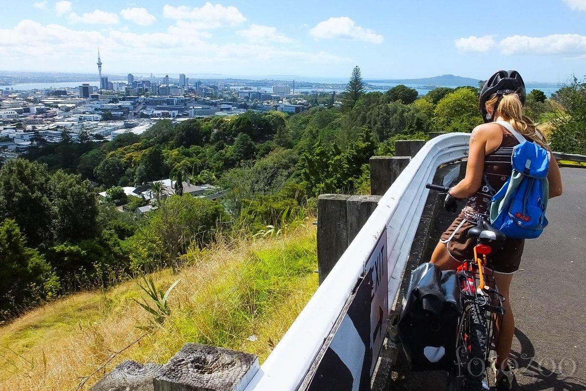 Aucklandi panoráma a Mt. Eden-ről.