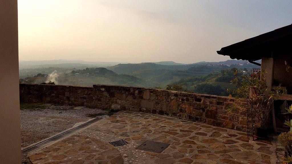 Kilátás Šmartnoból a szőlődombokra