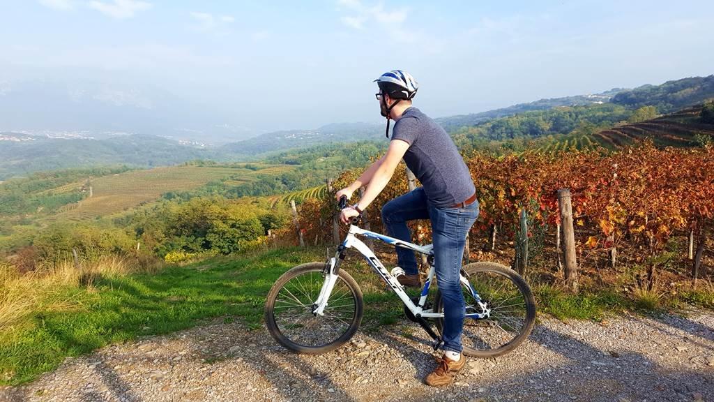 Kerékpártúra a Vipava-völgy felett