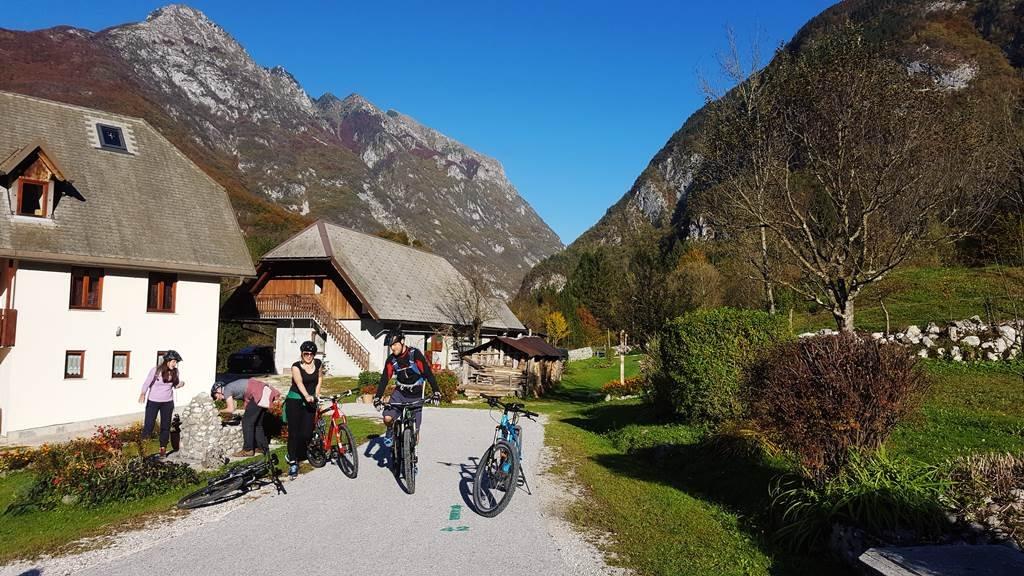 Kis falvakon át