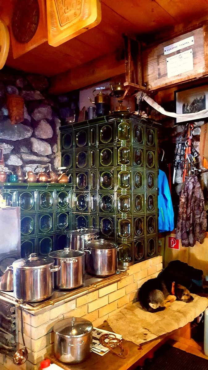 A Rainer-kunyhó forralt bor készlete