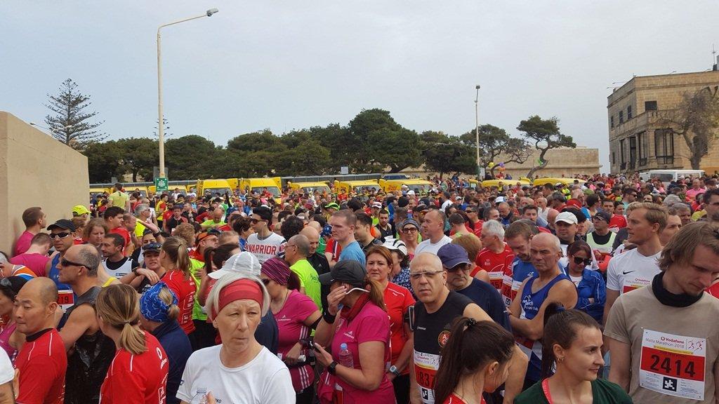 3500 induló várakozik a rajtra