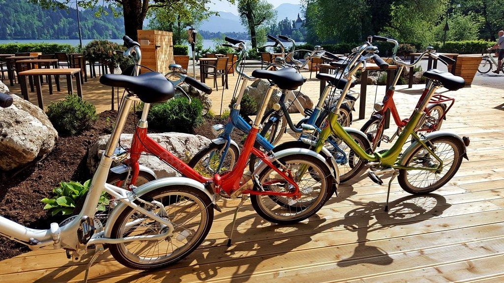 Pony bringák sorakoznak - a hazai Camping biciklik szlovén megfelelője
