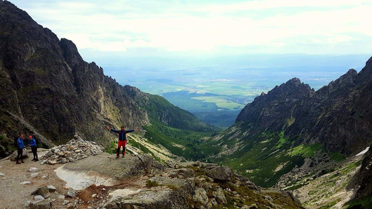 A Kis-Tarpataki-völgy 2015 méterről nézve