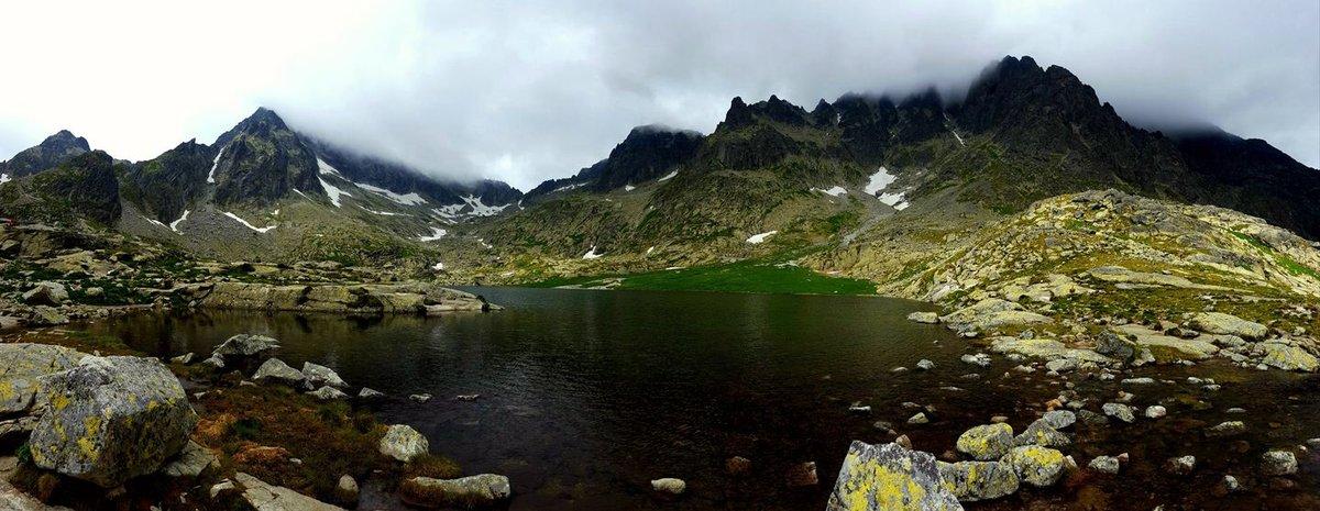 A Szepesi-Öt-tó egyike