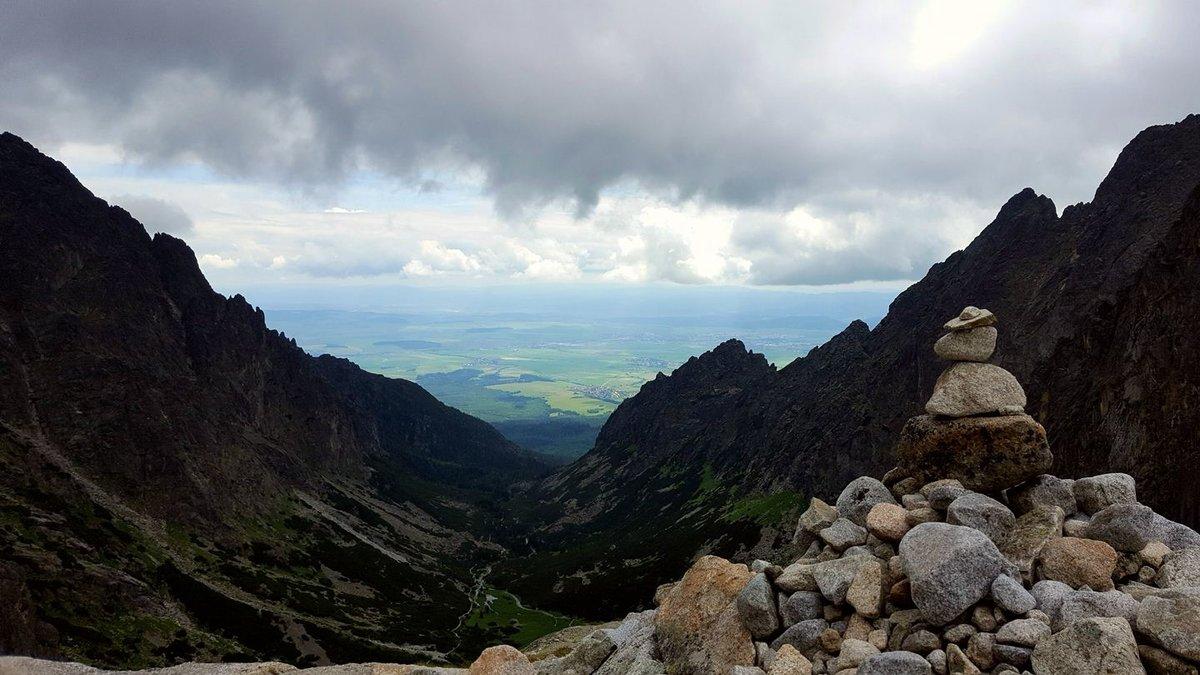 A Kis-Tarpataki-völgy 2000 m magasból