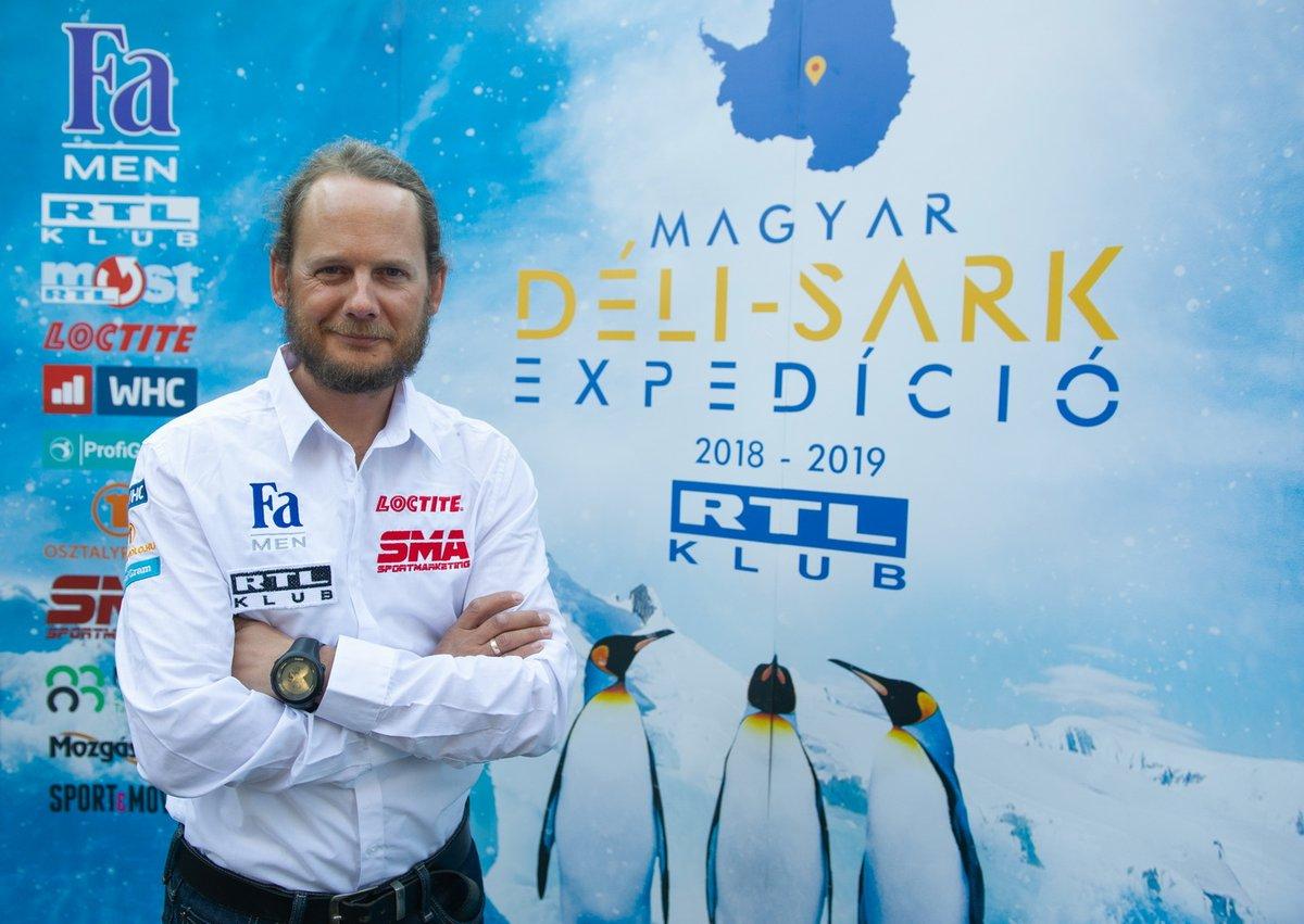 Rakonczay Gábor a Magyar Déli-sark Expedíció sajtótjékoztatóján