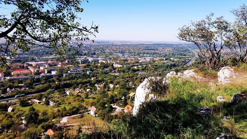 Kilátás a Szelim-barlang felső pereméről