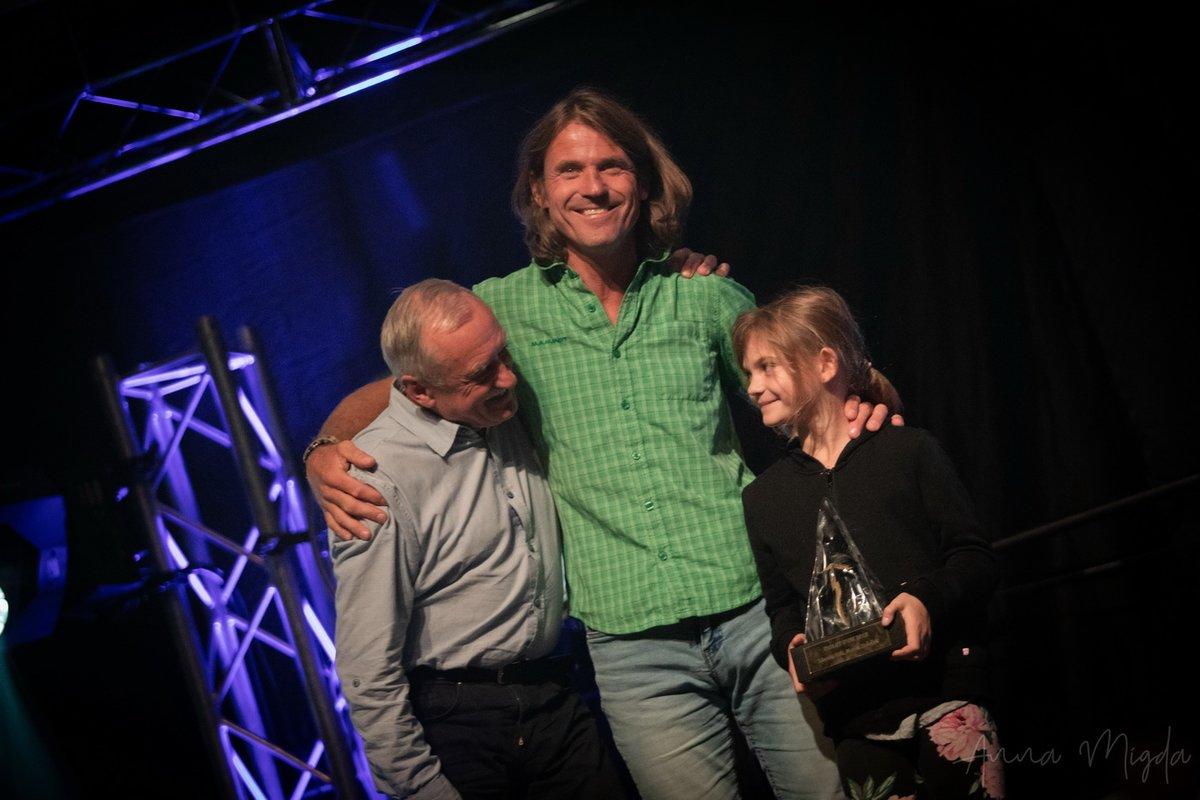 Marek Holecek a kislányával és a Jégharcosok egyik alapítójával, Krzysztof Wielickivel