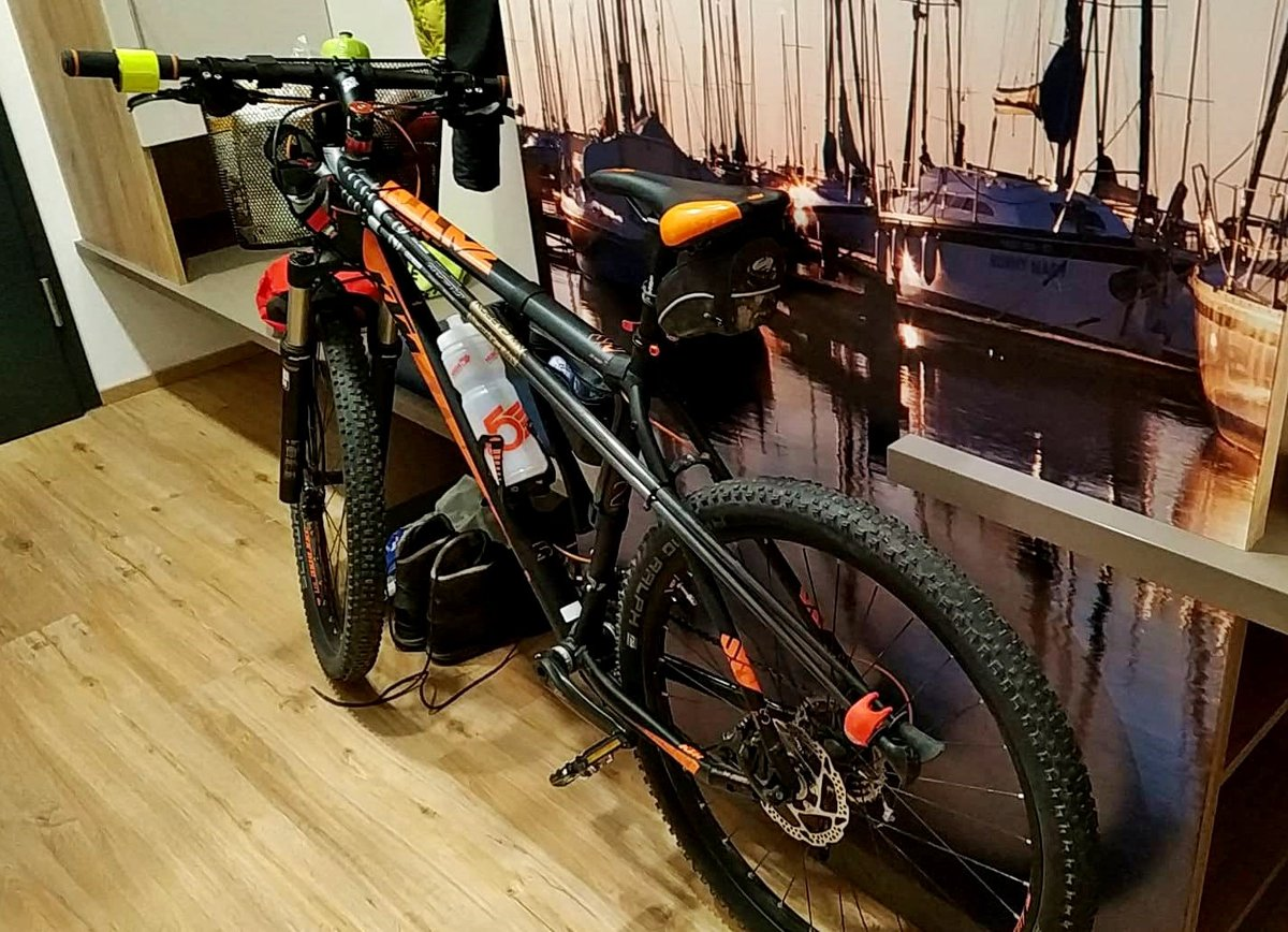Az ellátmányt szállító kerékpár