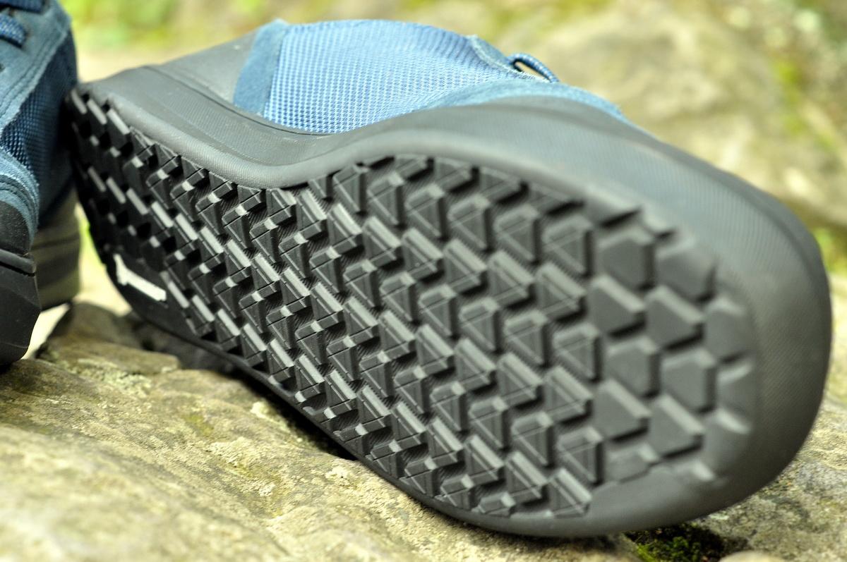 A Tribe talpa is Michelin gumiból készült