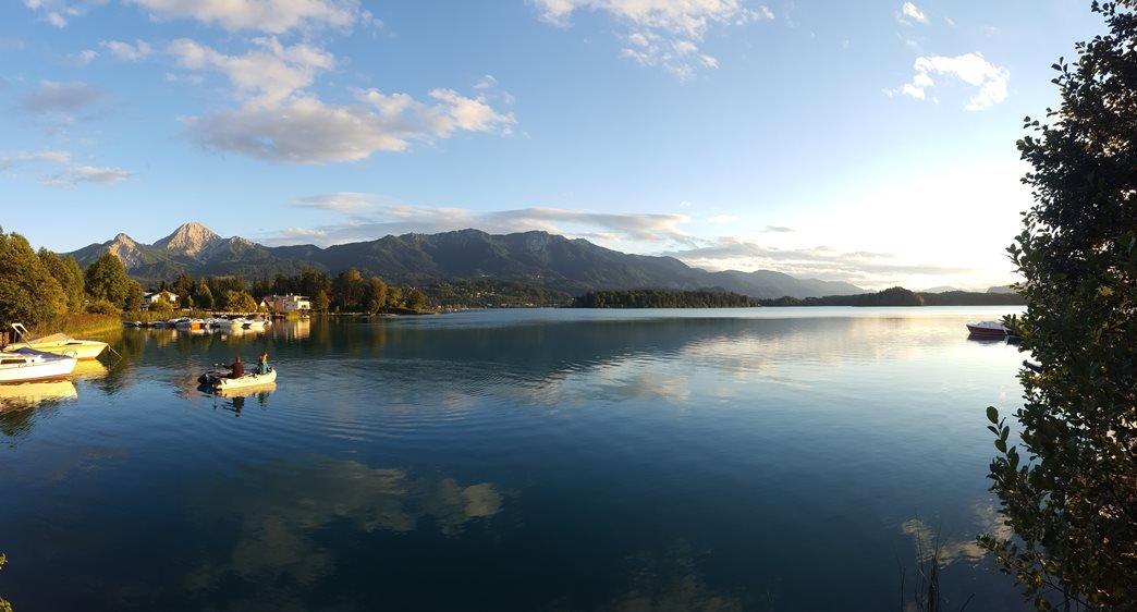 Faaki-tó, távolban a Mittagskogel