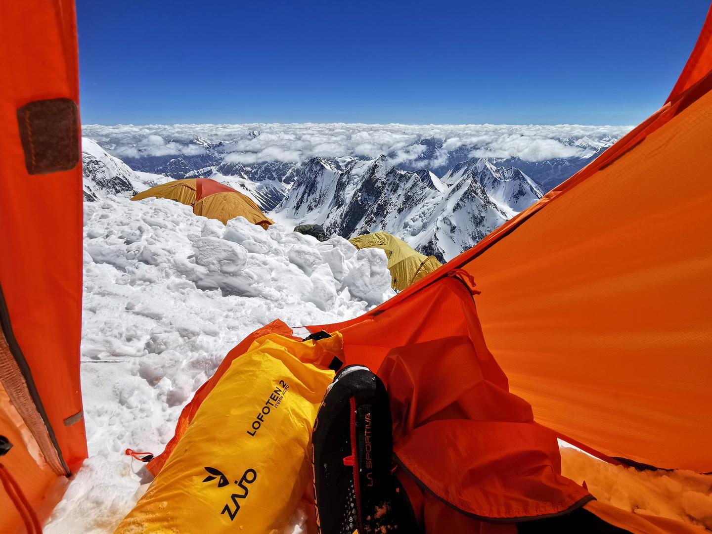 Ütős kilátás a sátorból