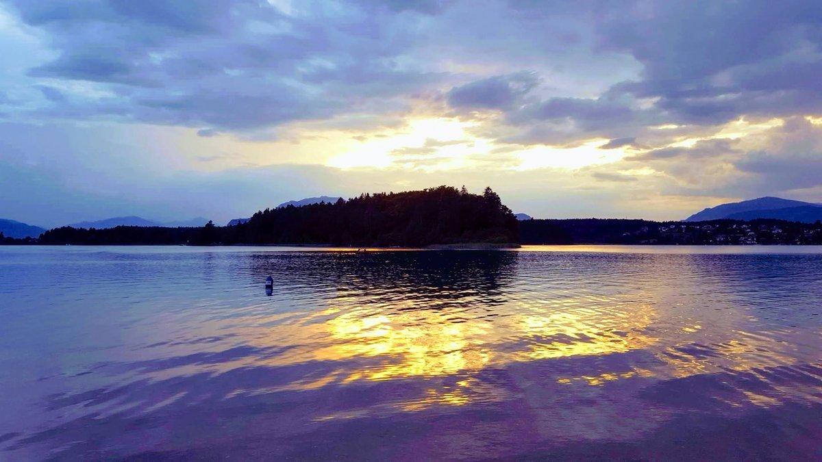 Faaki-tó a naplementében