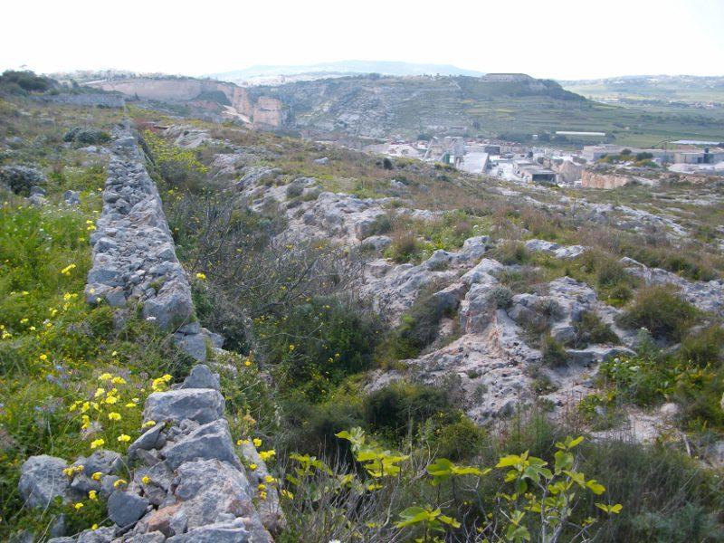 Naxxar Szakadék gyalogút