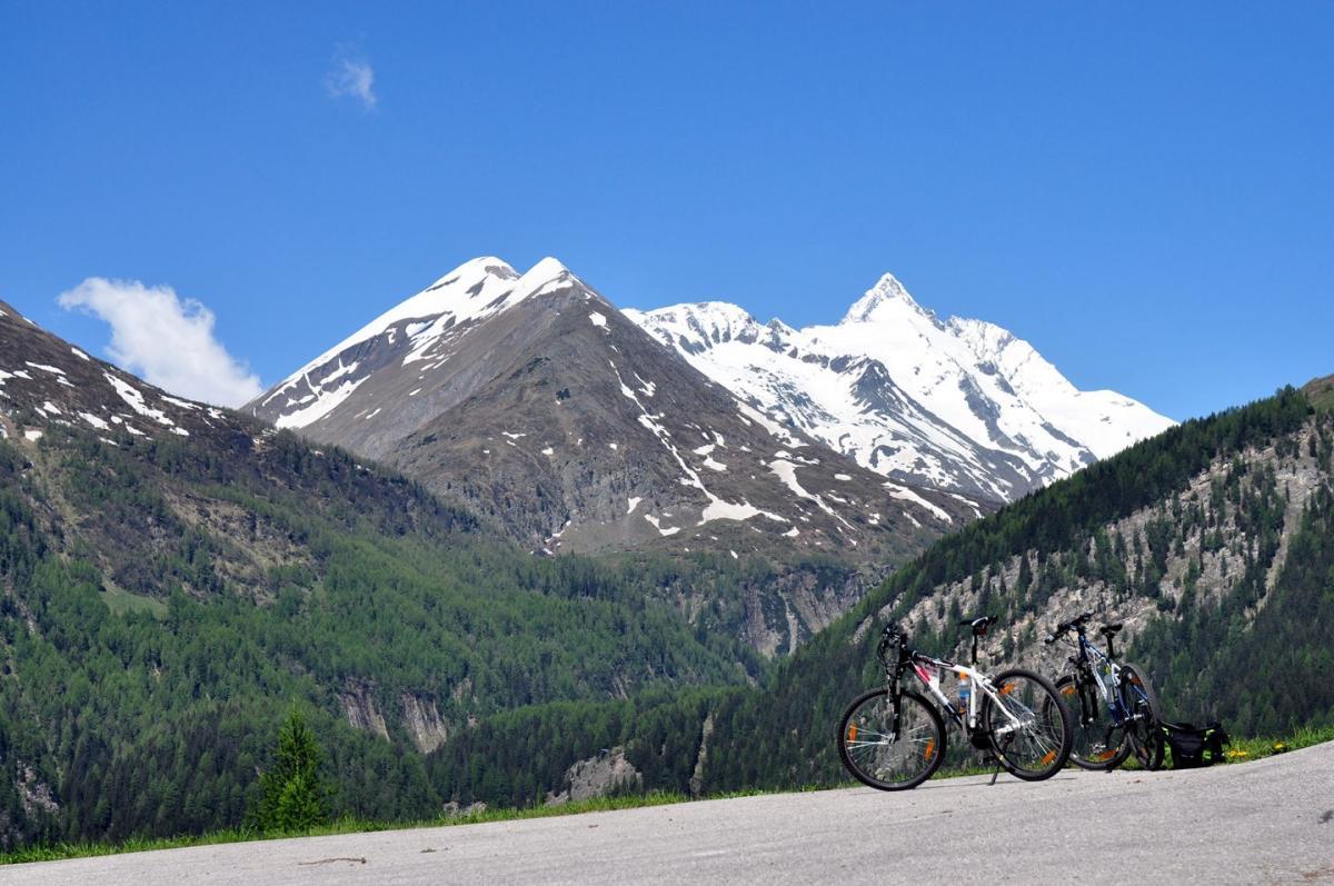 Az Alpok legmagasabb csúcsai: legendák, bravúrok, túrautak, tippek-1