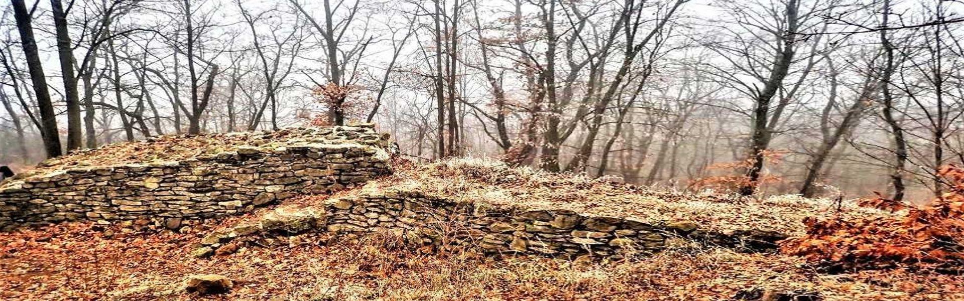 Cserépvár és a Mangó-tetői kaptárkövek nyomában