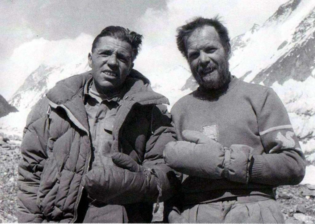Lacedelli és Compagnoni a csúcstámadás után