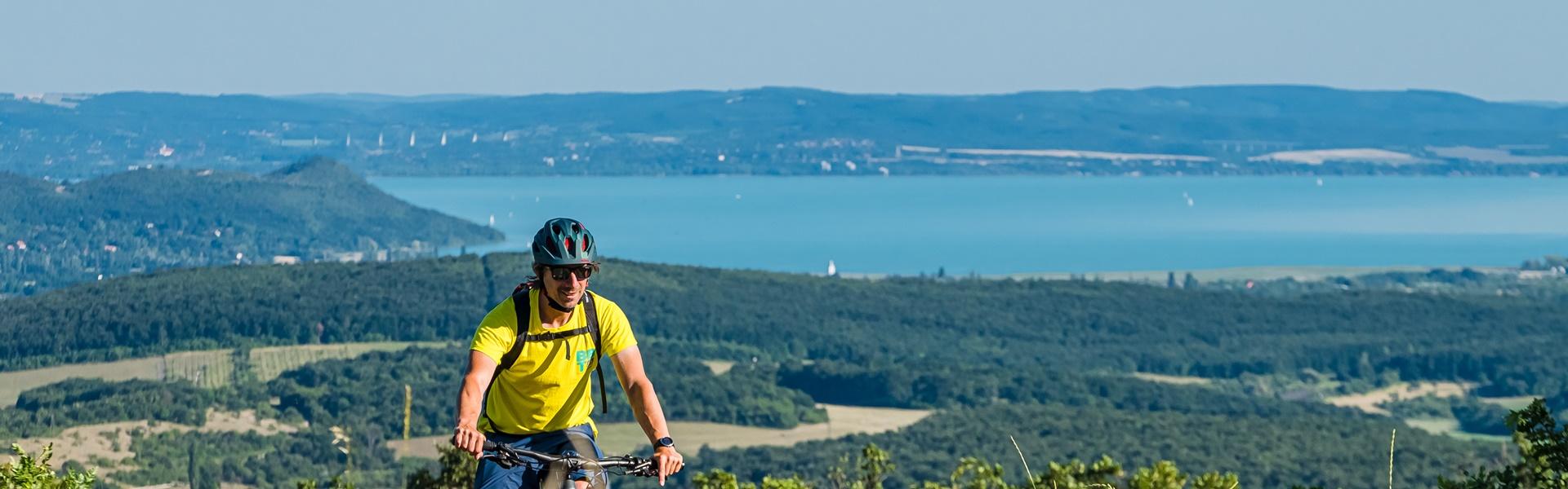 A Balaton-felvidék legszebb útjain