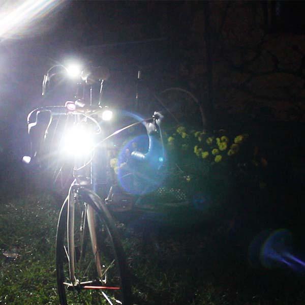 Kerékpáros lámpák városi közlekedéshez AVAGY milyen kerékpáros lámpa kell városba?